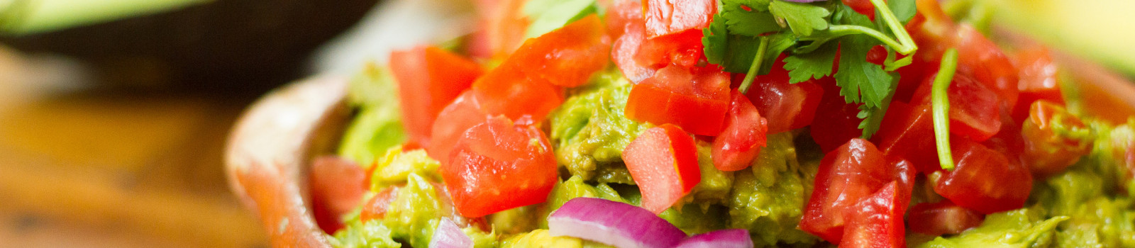 Make-Authentic-Mexican-Guacamole-Final